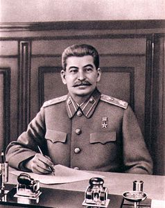238px-Stalin_office